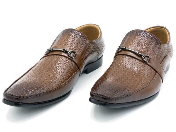 formal-buckles-shoe